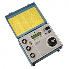 Micro-ohmmeter with on-board test control MOM690A